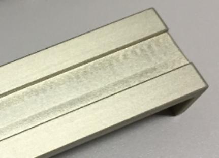 A7075材の硬質アルマイト外観の改善